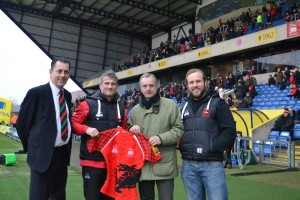 L-R Mike Stevens, London Welsh, CEO – Tom May, London Welsh captain – David Myers, Robert Adam Architects – Richard Thorpe (London Welsh)